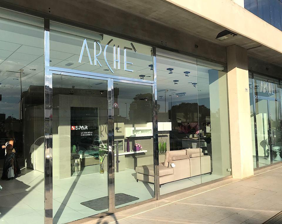 Apertura nuovo store a caltagirone spar arreda for Spazio arredamenti caltagirone