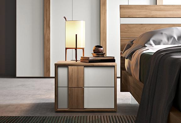 Camere da letto moderne e classiche spar for Arredamento elegante moderno